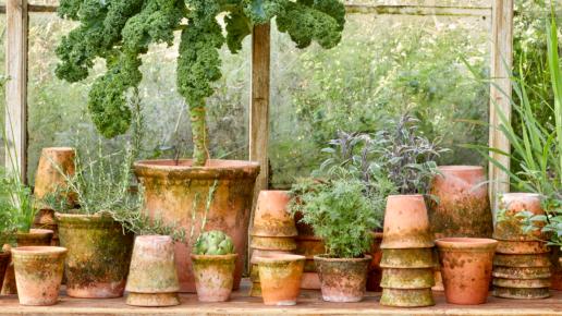 Patinated pots